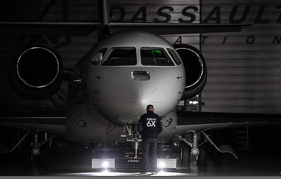 Dassault unveils Falcon 6X in virtual rollout